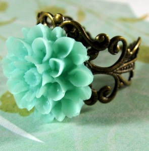 Fresh Mint Lucite Chrysanthemum